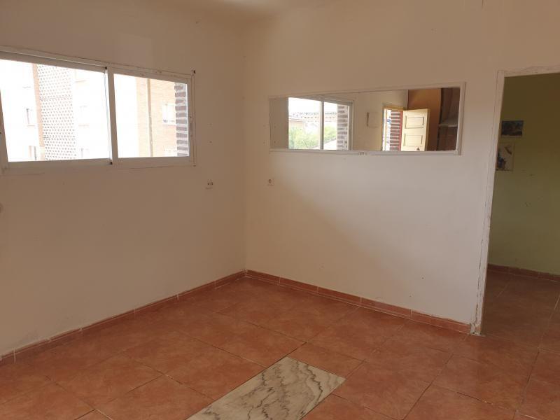Piso en venta en Guadalajara, Guadalajara, Calle Soria, 48.500 €, 3 habitaciones, 1 baño, 57 m2