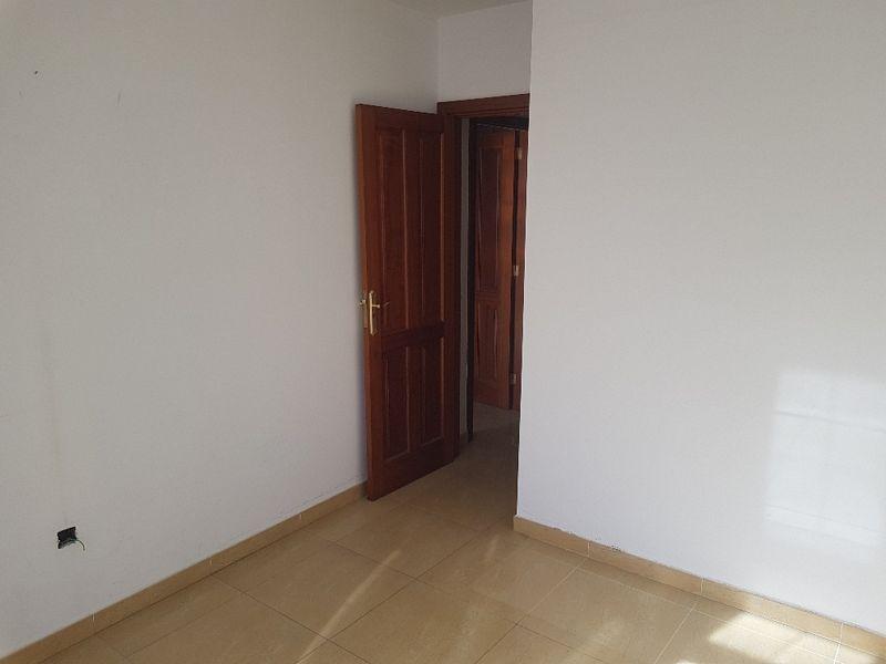Piso en venta en Arrecife, Las Palmas, Calle Ortega Y Gasset, 108.000 €, 2 habitaciones, 2 baños, 80 m2
