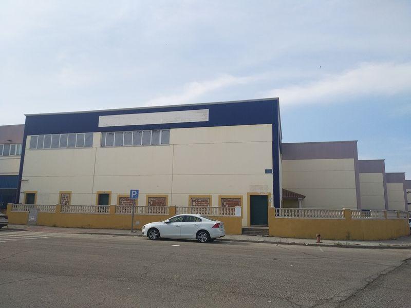 Industrial en venta en Ontígola, Toledo, Calle Albardiales, 128.000 €, 546 m2