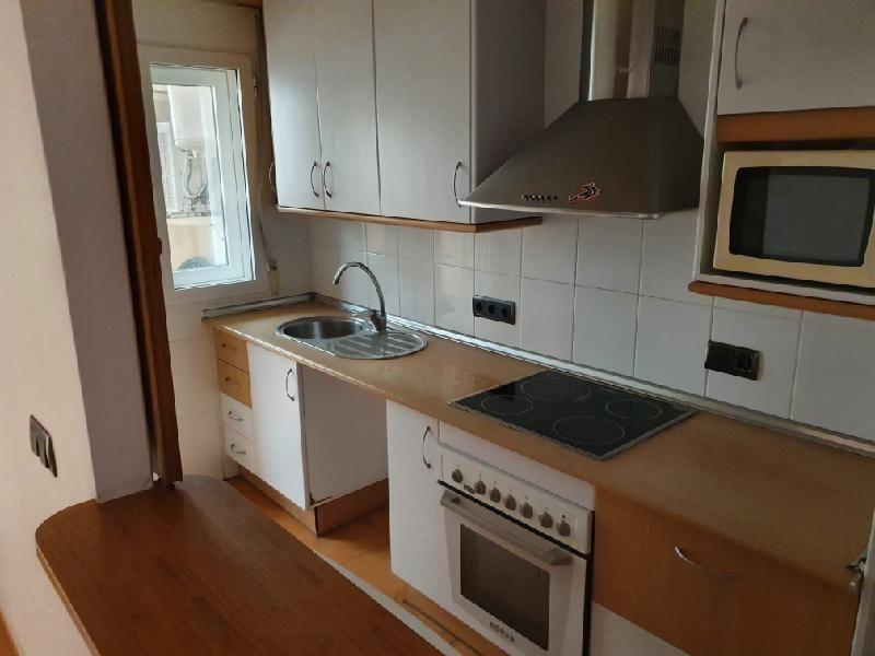 Piso en venta en La Manga del Mar Menor, San Javier, Murcia, Calle Veneziola. Edificio Omega, 98.000 €, 3 habitaciones, 2 baños, 83 m2