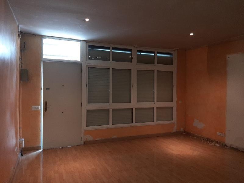 Local en venta en Horta-guinardó, Barcelona, Barcelona, Calle Alcalde de Zalamea, 119.300 €, 109 m2