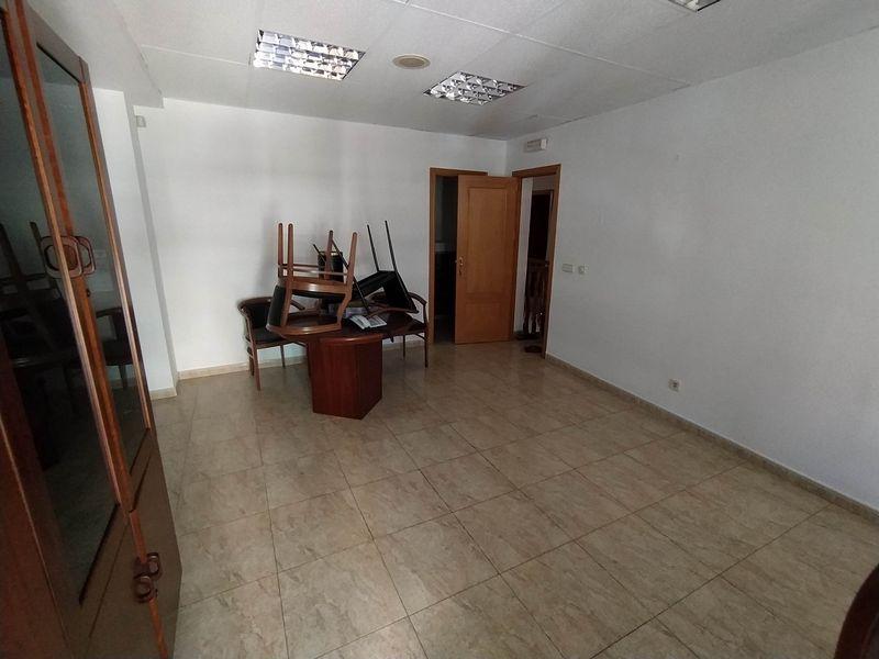 Local en venta en Las Margaritas, Getafe, Madrid, Calle Olivo, 110.000 €, 149 m2
