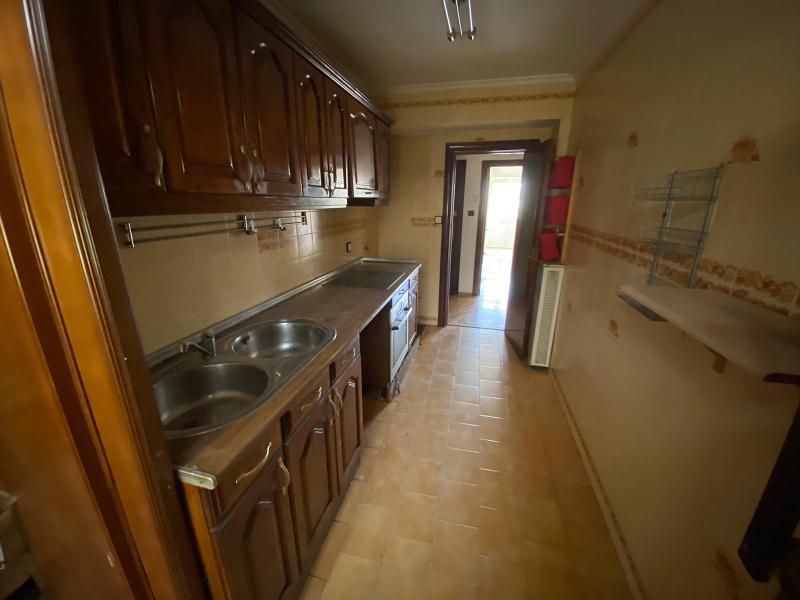 Piso en venta en Casablanca, Zaragoza, Zaragoza, Calle Casablanca, 65.000 €, 3 habitaciones, 1 baño, 87 m2