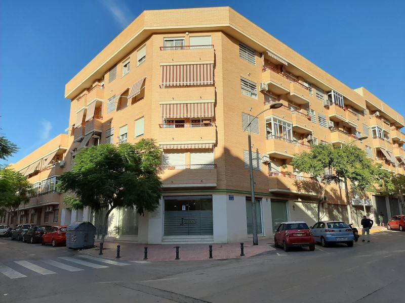 Piso en venta en San Vicente del Raspeig/sant Vicent del Raspeig, Alicante, Calle Monforte, 135.000 €, 3 habitaciones, 2 baños, 108 m2