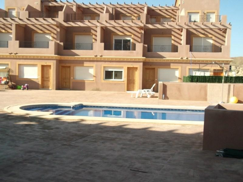 Casa en venta en Cuevas del Almanzora, Almería, Calle Poligono 17, 68.000 €, 4 habitaciones, 2 baños, 147 m2