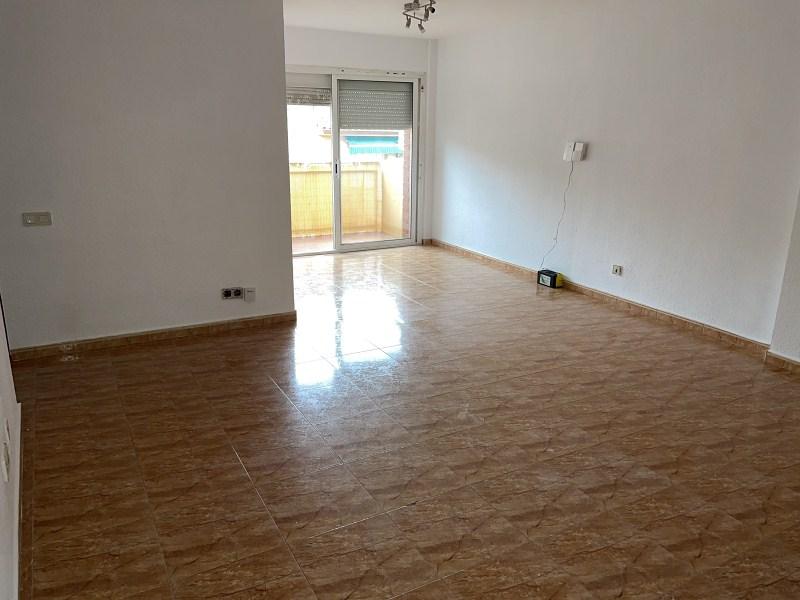 Piso en venta en Parets del Vallès, Barcelona, Calle Frai Francesc Eiximenis, 203.000 €, 4 habitaciones, 2 baños, 106 m2