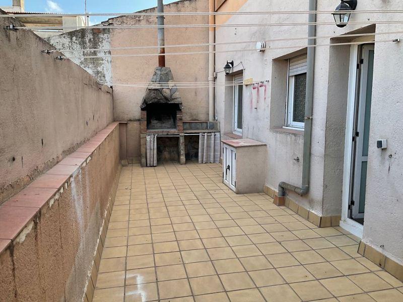 Piso en venta en Mollet del Vallès, Barcelona, Calle Santa Barbara, 147.000 €, 4 habitaciones, 1 baño, 93 m2