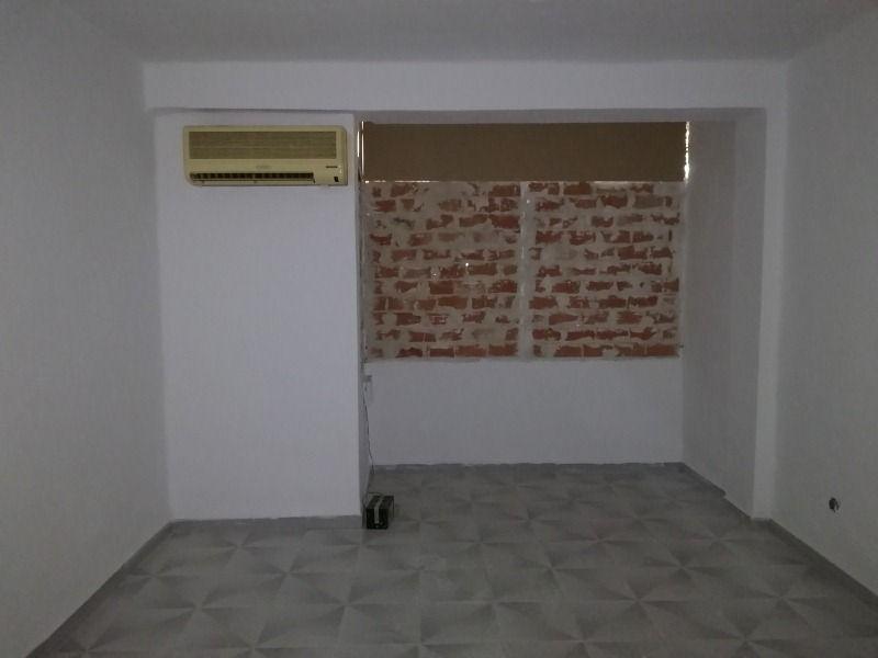 Piso en venta en Jerez de la Frontera, Cádiz, Calle Triángulo, 27.000 €, 3 habitaciones, 79 m2