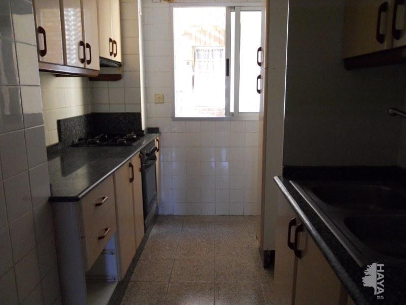 Piso en venta en El Port de Sagunt, Sagunto/sagunt, Valencia, Plaza Juan Ramon Jimenez, 32.728 €, 2 habitaciones, 1 baño, 108 m2