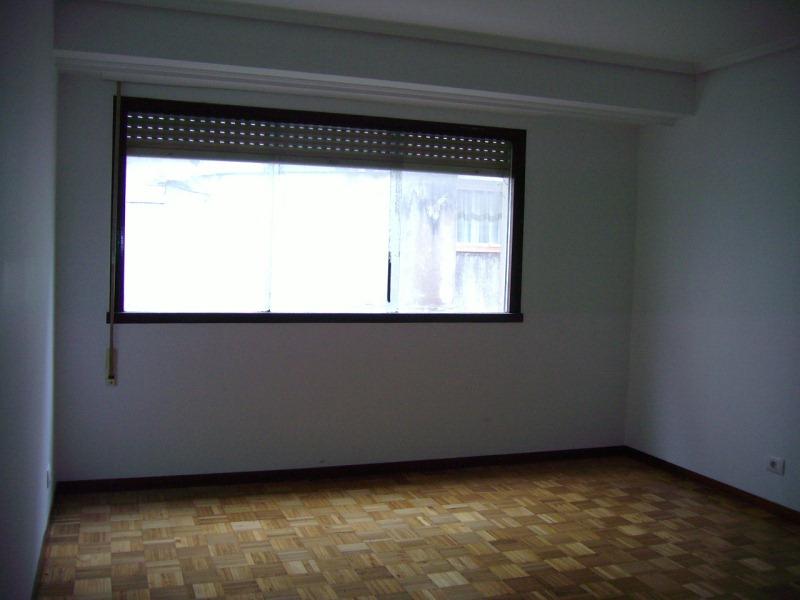 Piso en venta en Sada, A Coruña, Calle Obra, 93.000 €, 4 habitaciones, 1 baño, 125 m2