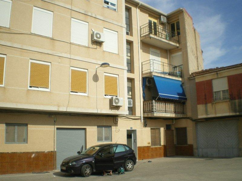 Piso en venta en Novelda, Alicante, Calle Horcas, 49.000 €, 3 habitaciones, 1 baño, 102 m2