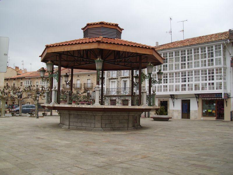 Piso en venta en Horna, Villarcayo de Merindad de Castilla la Vieja, Burgos, Calle Alferez Provisional, 53.360 €, 3 habitaciones, 1 baño, 83 m2