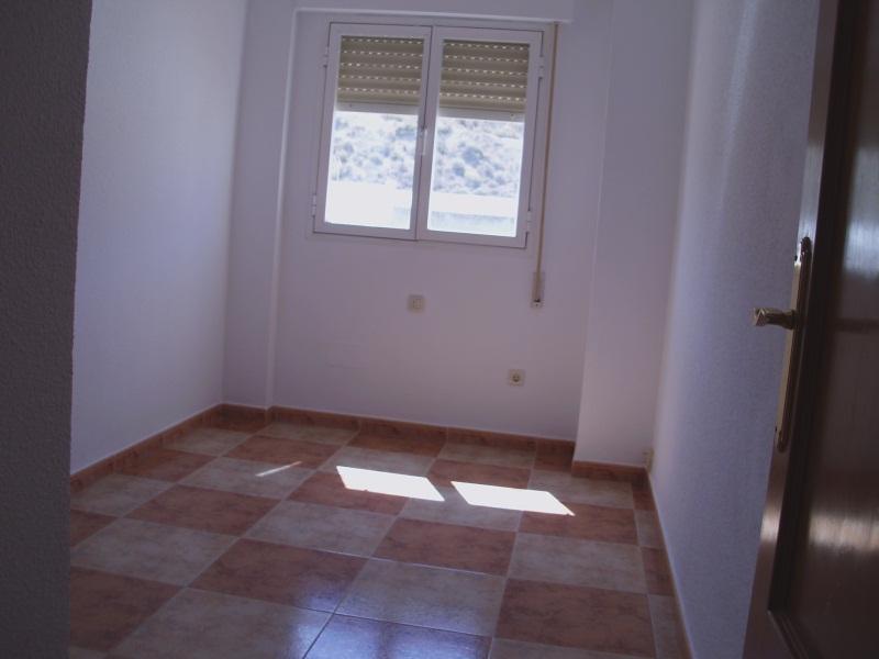 Piso en venta en Turre, Almería, Paseo de la Rambla, 54.000 €, 4 habitaciones, 2 baños, 102 m2