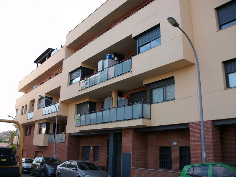 Piso en venta en Navàs, Barcelona, Calle Valldeperes, 95.000 €, 3 habitaciones, 1 baño, 104 m2