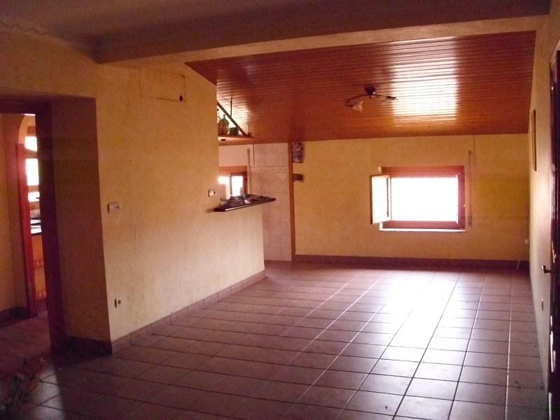 Piso en venta en Rodriguillo, El Pinoso, Alicante, Calle Pintor Albert, 72.000 €, 3 habitaciones, 1 baño, 154 m2
