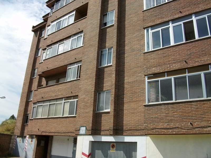 Piso en venta en Medina del Campo, Valladolid, Calle Claudio Moyano, 29.000 €, 1 habitación, 1 baño, 58 m2