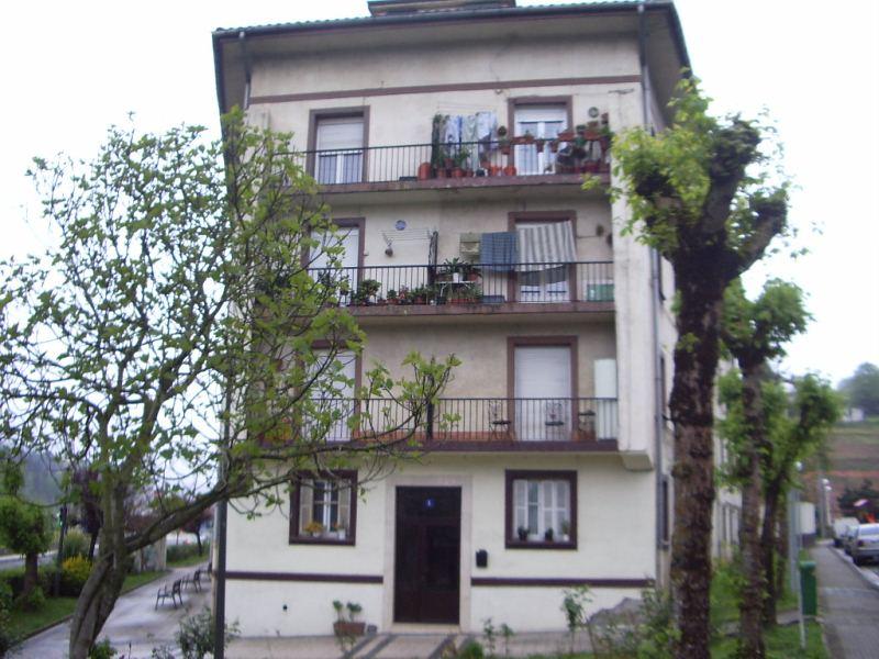 Piso en venta en Urretxu, Guipúzcoa, Calle Aparicio Auzoa, 99.500 €, 3 habitaciones, 1 baño, 101 m2