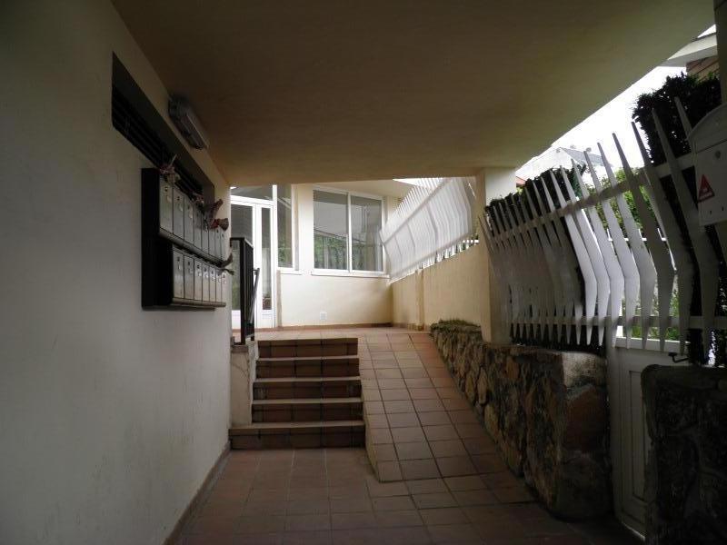 Piso en venta en Miraflores de la Sierra, Madrid, Travesía del Tolon, 125.000 €, 3 habitaciones, 2 baños, 118 m2