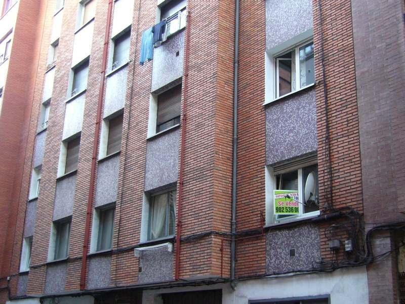 Piso en venta en El Cerilleru, Gijón, Asturias, Calle Cardona, 78.000 €, 2 habitaciones, 1 baño, 88 m2