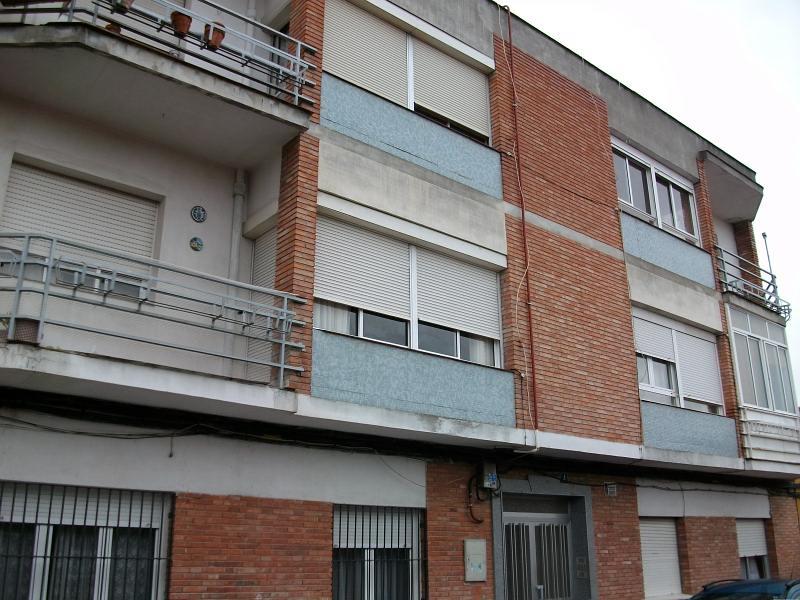 Piso en venta en Medina del Campo, Valladolid, Calle Palencia, 58.000 €, 3 habitaciones, 1 baño, 87 m2
