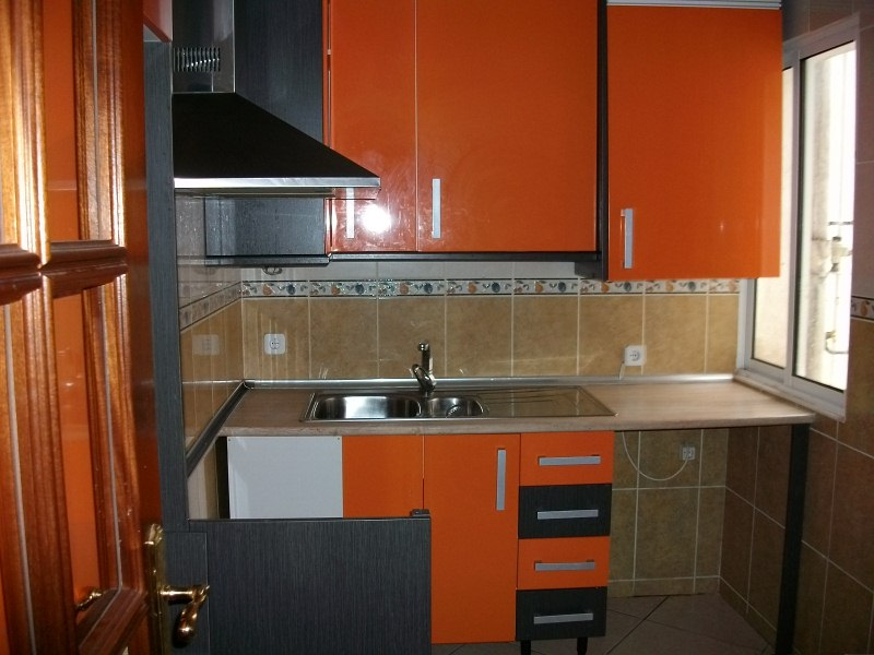 Piso en venta en Medina del Campo, Valladolid, Calle Palencia, 39.900 €, 3 habitaciones, 1 baño, 87 m2