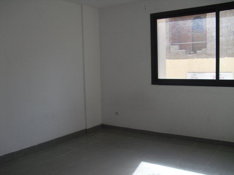 Piso en venta en Piso en la Palmas de Gran Canaria, Las Palmas, 59.000 €, 2 habitaciones, 1 baño, 90 m2, Garaje