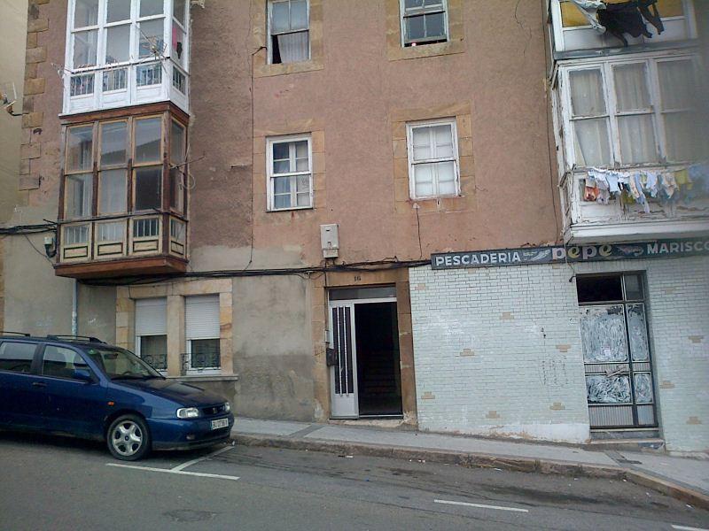 Piso en venta en Reinosa, Cantabria, Calle de la Fuentes, 19.000 €, 2 habitaciones, 1 baño, 58 m2