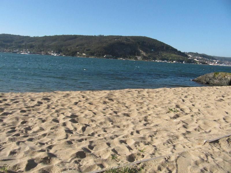 Piso en venta en Redes, Mugardos, A Coruña, Urbanización Alameda Do Baño, 79.000 €, 2 habitaciones, 2 baños, 100 m2