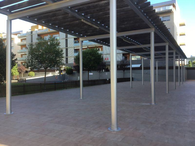 Piso en venta en Figueres, Girona, L`oliva Gran, 242.000 €, 3 habitaciones, 2 baños, 104 m2