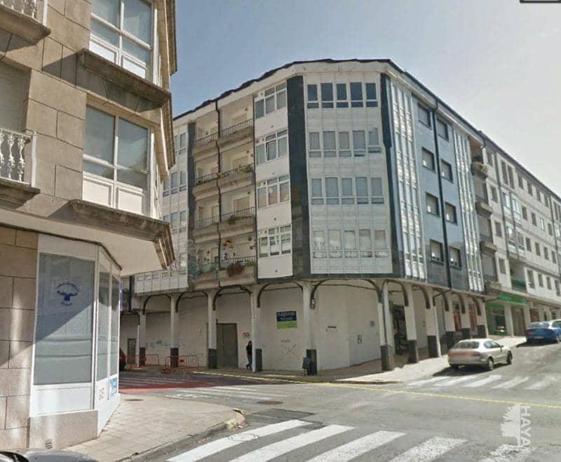 Piso en venta en Noia, A Coruña, Calle Irmans Labarta, 108.500 €, 3 habitaciones, 2 baños, 111 m2