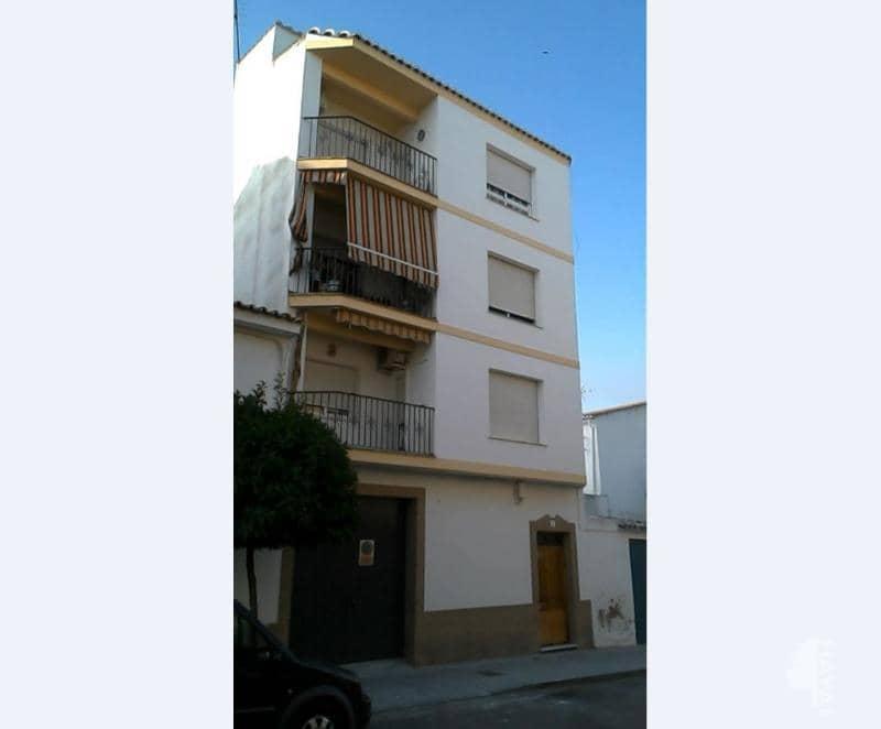Piso en venta en Baena, Córdoba, Calle Capitan Ignacio Moneda, 93.000 €, 1 habitación, 1 baño, 131 m2
