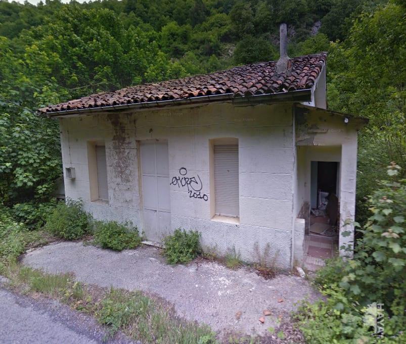 Casa en venta en Mieres, Asturias, Lugar de Vegona, 12.898 €, 2 habitaciones, 2 baños, 148 m2