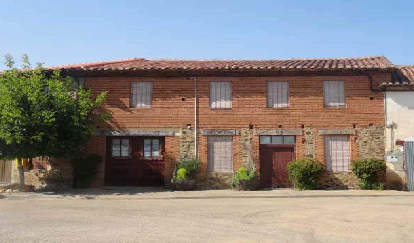 Casa en venta en Riego de la Vega, Riego de la Vega, León, Calle Diputacion, 40.700 €, 1 baño, 220 m2