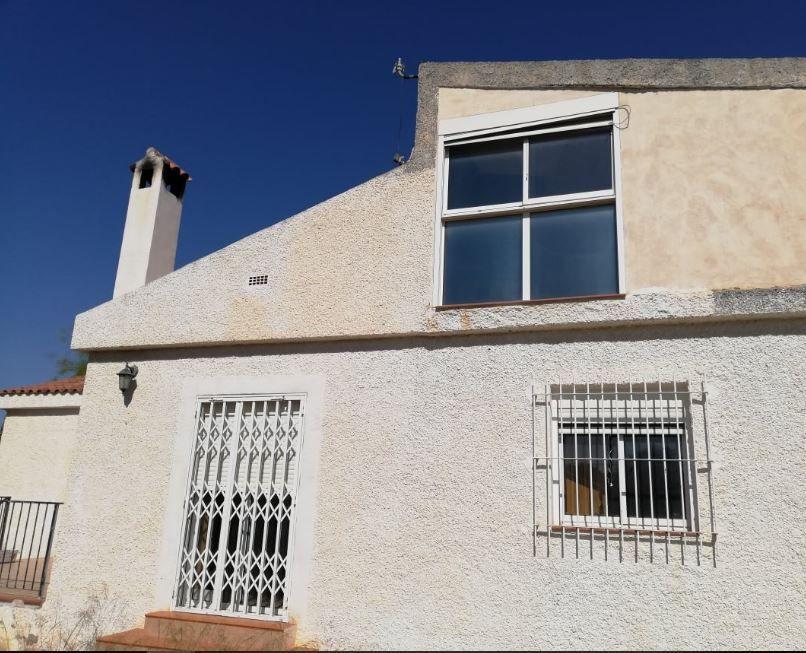 Casa en venta en Mutxamel, Alicante, Urbanización Rio Park, 143.000 €, 3 habitaciones, 1 baño, 105 m2