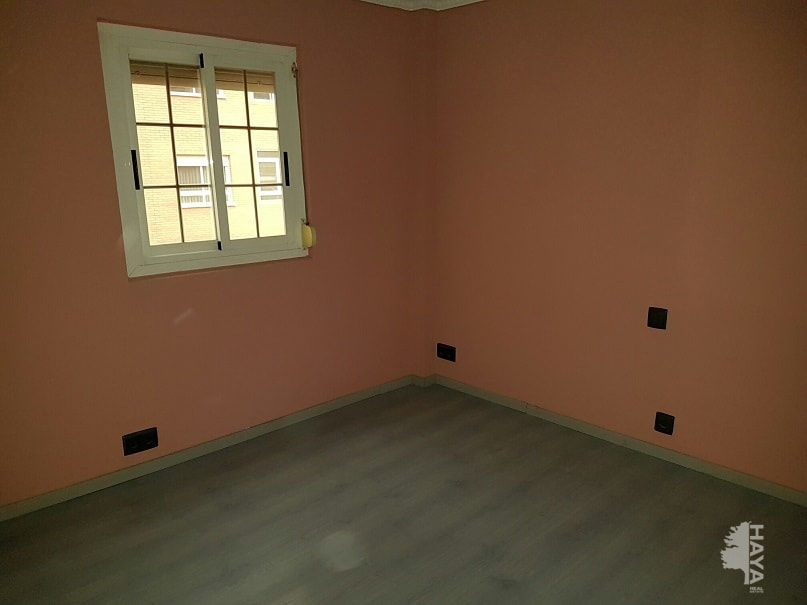 Piso en venta en Piso en Albacete, Albacete, 36.225 €, 2 habitaciones, 1 baño, 68 m2