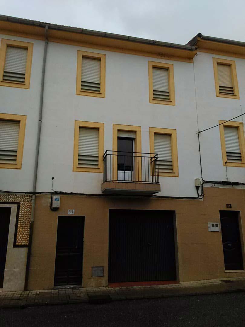 Piso en venta en Moraleja, Cáceres, Calle Coria, 91.600 €, 4 habitaciones, 2 baños, 110 m2