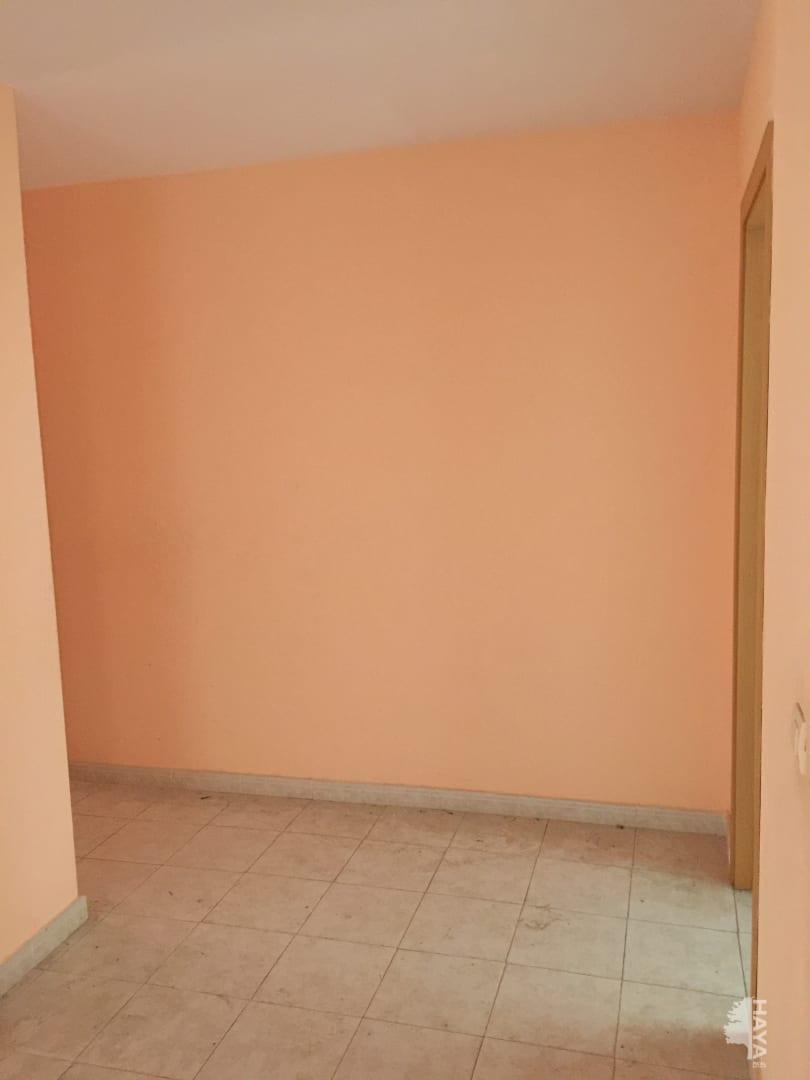 Piso en venta en Piso en Montijo, Badajoz, 51.300 €, 3 habitaciones, 2 baños, 101 m2