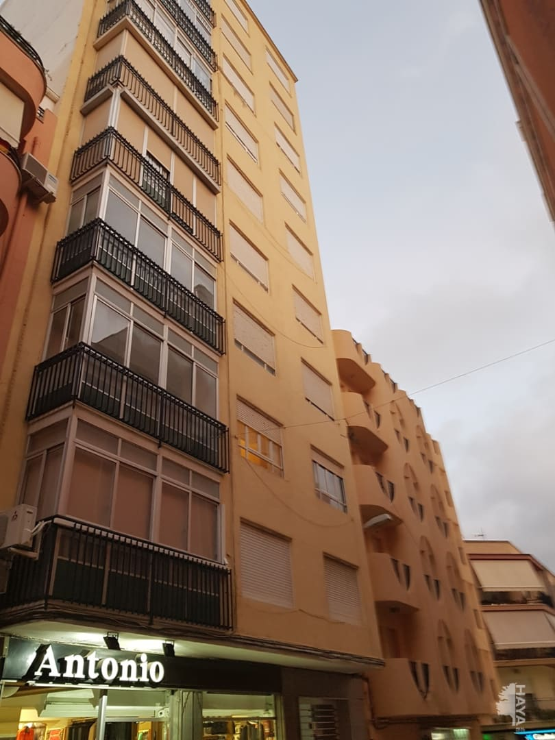 Piso en venta en Monóvar/monòver, Alicante, Calle Luis Marti, 86.498 €, 4 habitaciones, 1 baño, 129 m2