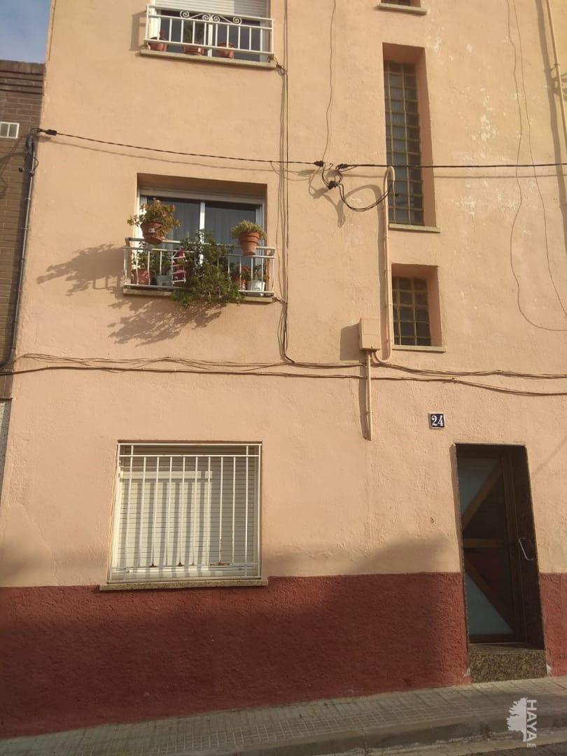 Piso en venta en Poble Nou, Terrassa, Barcelona, Calle Baeza, 66.000 €, 3 habitaciones, 1 baño, 78 m2