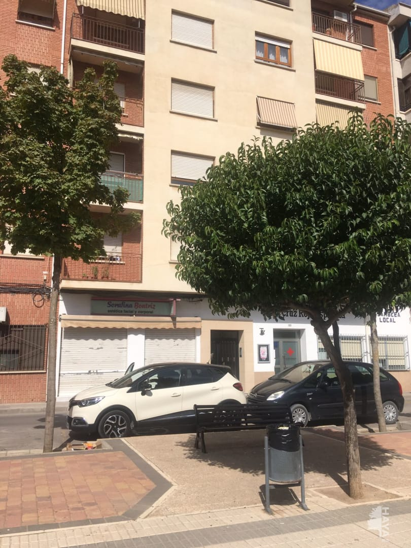 Piso en venta en La Roda, la Roda, Albacete, Paseo de la Estacion, 71.019 €, 3 habitaciones, 2 baños, 146 m2