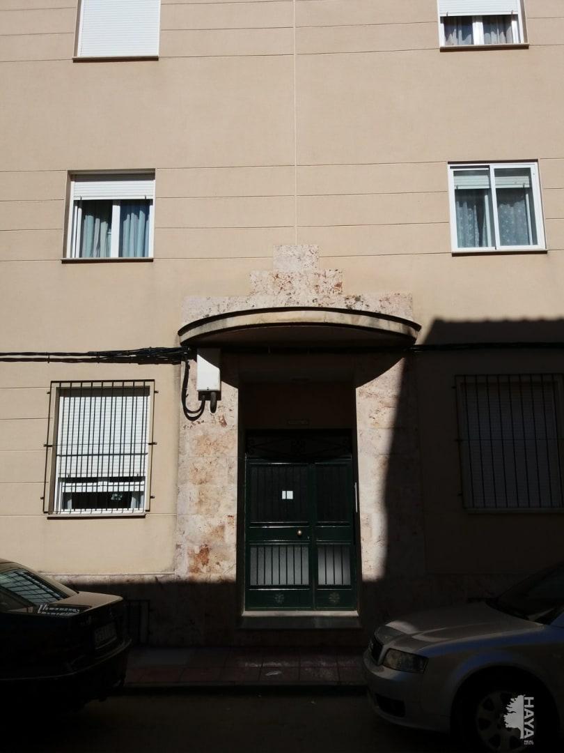 Piso en venta en Corral de Almaguer, Toledo, Calle Legazpi, 63.437 €, 3 habitaciones, 2 baños, 118 m2