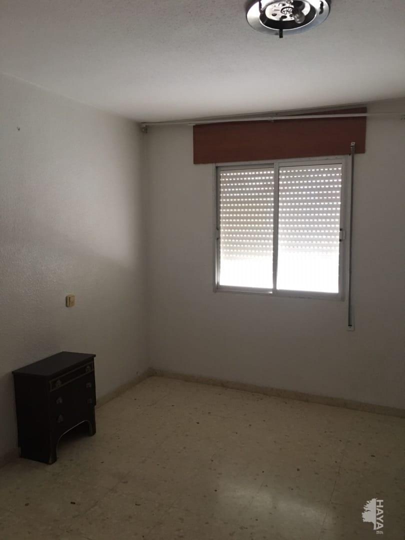 Piso en venta en Piso en Orihuela, Alicante, 28.300 €, 3 habitaciones, 1 baño, 84 m2