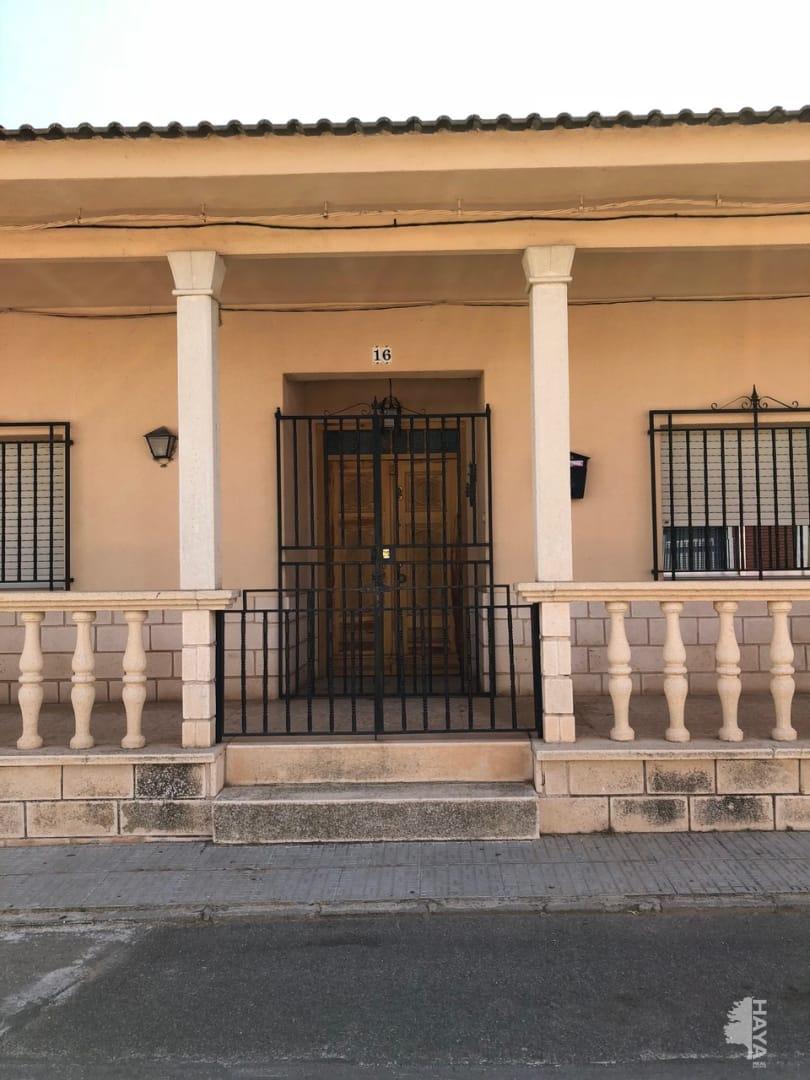 Casa en venta en Torralba de Calatrava, Ciudad Real, Calle Azucena, 119.400 €, 5 habitaciones, 2 baños, 278 m2