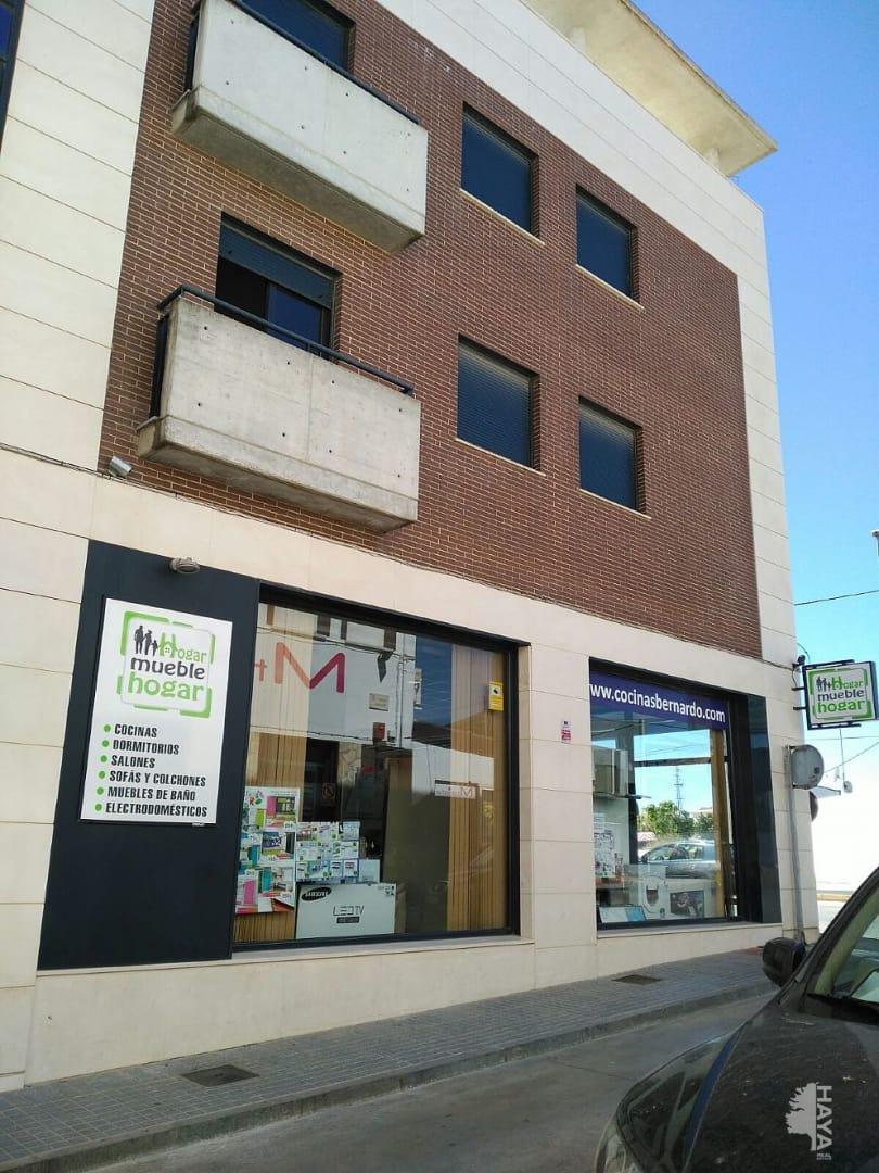 Piso en venta en Fernán-núñez, Córdoba, Avenida Juan Carlos I, 70.920 €, 3 habitaciones, 2 baños, 75 m2