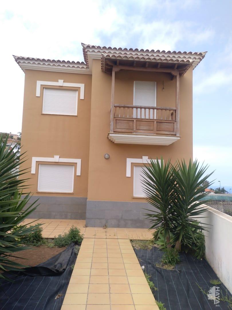 Casa en venta en El Sauzal, Santa Cruz de Tenerife, Calle Orquidea, 295.000 €, 4 habitaciones, 2 baños, 228 m2