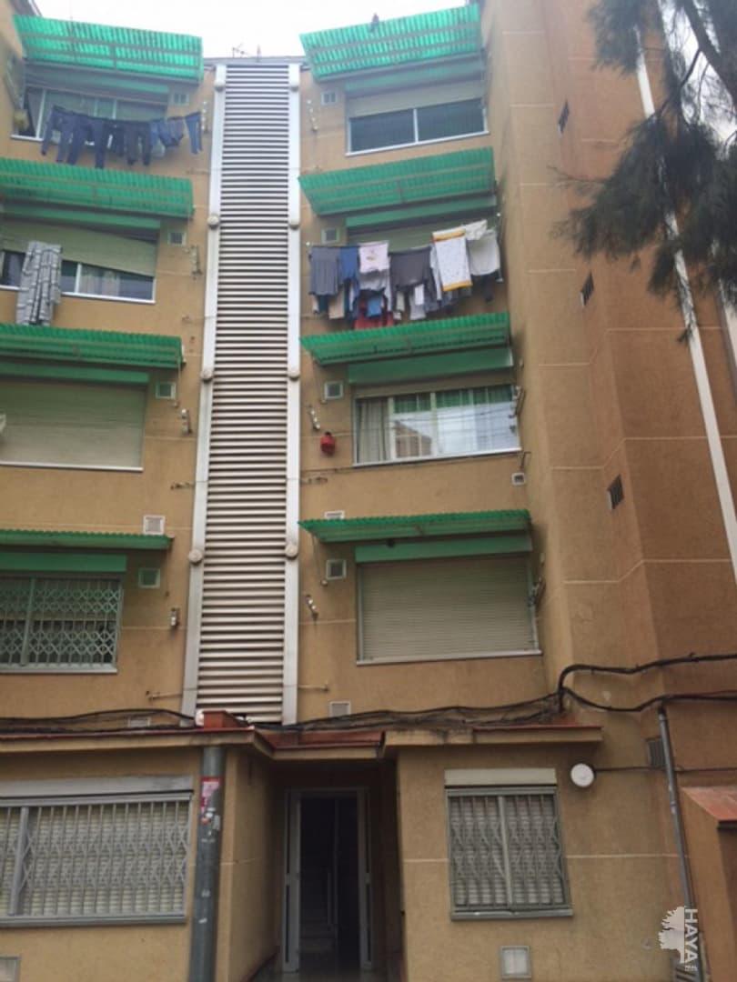 Piso en venta en Terrassa, Barcelona, Calle Nuestra Señora de Monserrat, 48.000 €, 3 habitaciones, 2 baños, 53 m2
