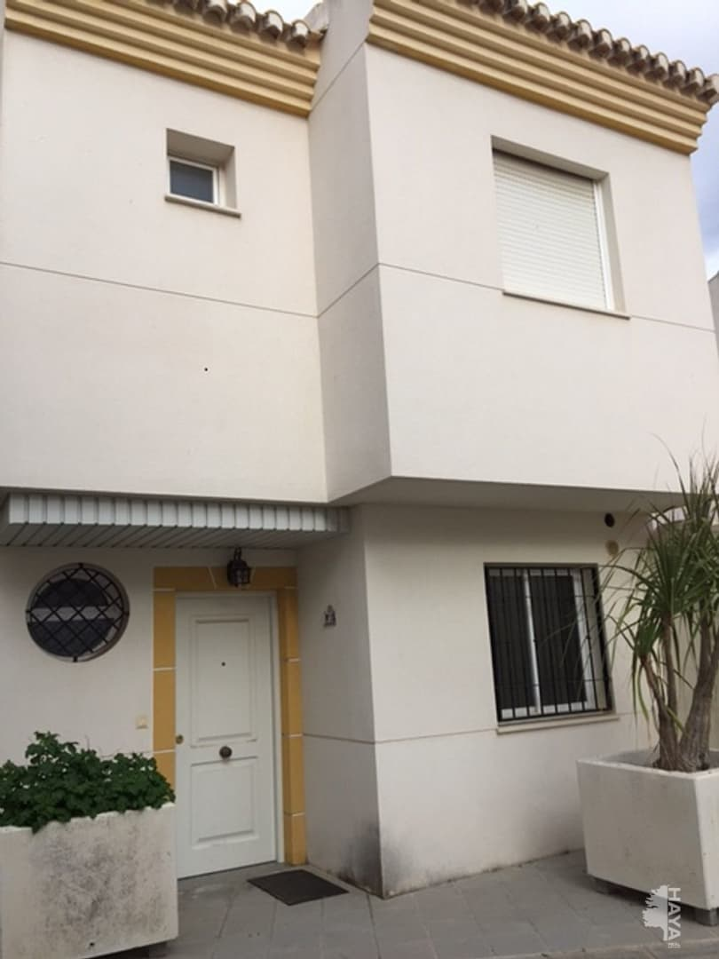 Casa en venta en Almuñécar, Granada, Calle Sauces, 212.403 €, 3 habitaciones, 6 baños, 177 m2
