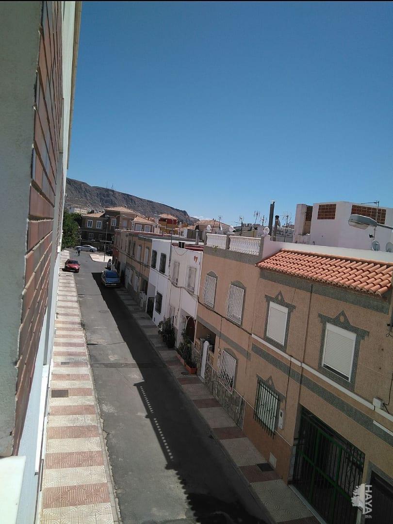 Piso en venta en El Parador de la Hortichuelas, Roquetas de Mar, Almería, Carretera los Motores, 56.950 €, 2 habitaciones, 1 baño, 58 m2