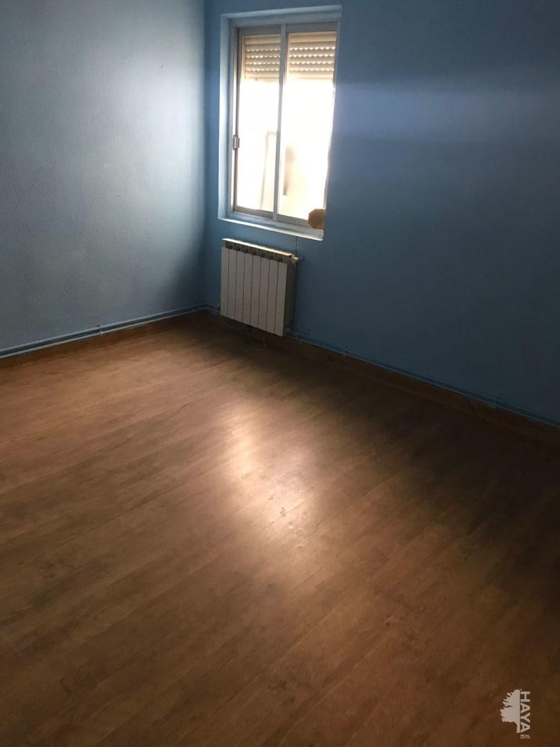 Piso en venta en Piso en Albacete, Albacete, 71.664 €, 4 habitaciones, 1 baño, 117 m2
