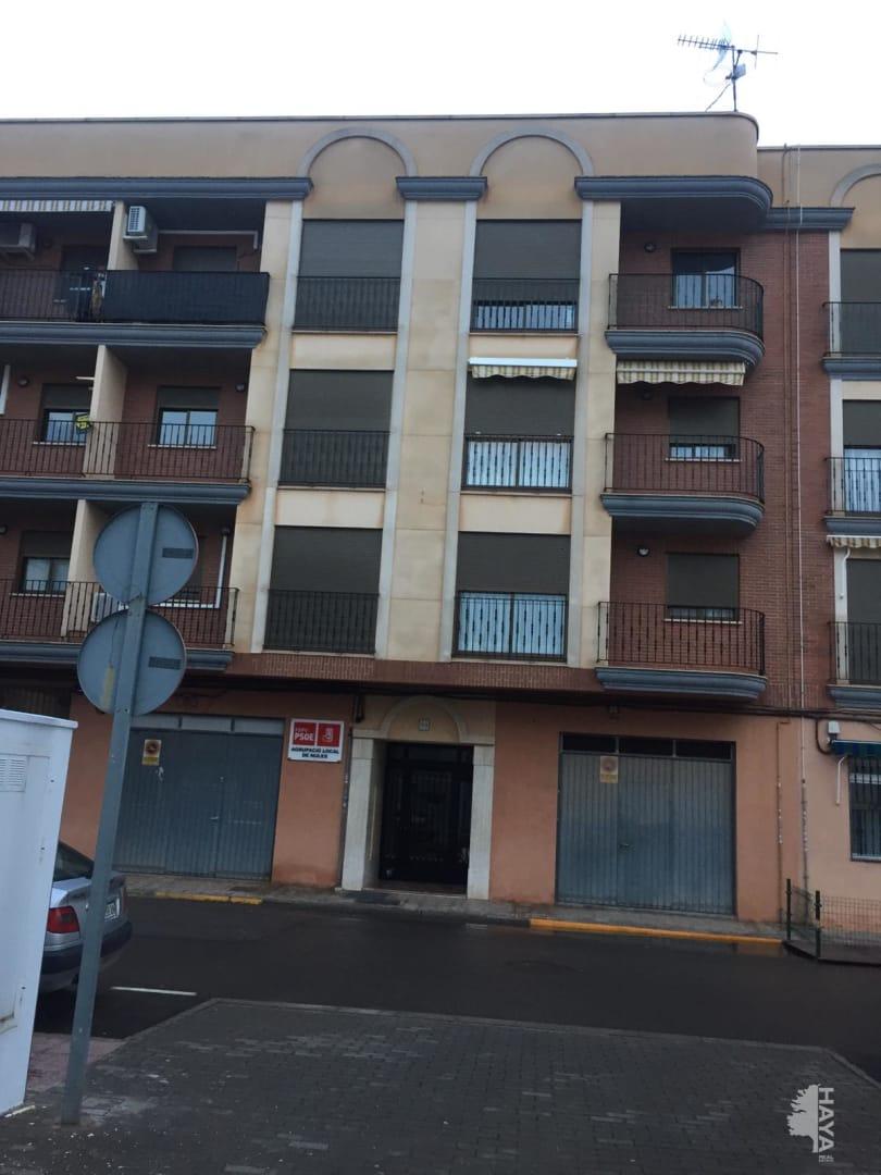 Piso en venta en Grupo 1º de Mayo, Nules, Castellón, Calle Enrique Giner, 76.600 €, 3 habitaciones, 2 baños, 87 m2